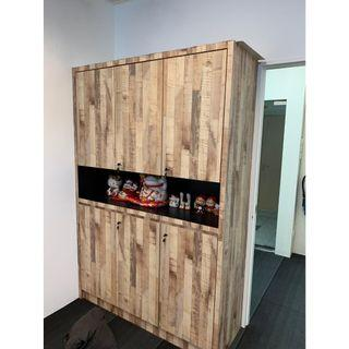 Customised 6 doors file cabinet with display shelf