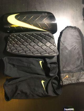 Genuine Nike shin guards (XL)