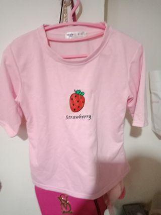 粉紅妞妞草莓短上衣