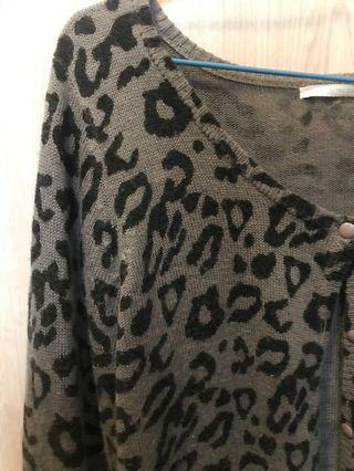 深灰豹紋棉外套