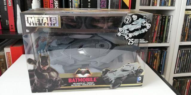 Batman batmobile diecast