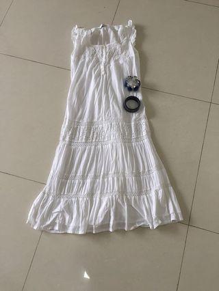 🚚 Topshop eyelet dress