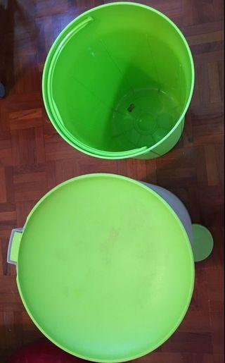 15L公升腳踏式自動開蓋垃圾桶,高質,內置垃圾桶保持乾淨,尺寸適中,合家居、厨房、辦公室,9成新,非常實用