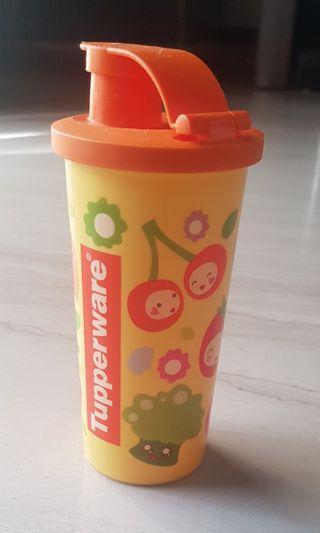 Tupperware botol