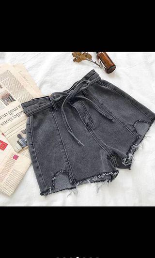 煙灰色綁帶高腰牛仔短褲