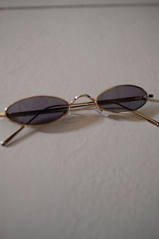 Gold and black shades