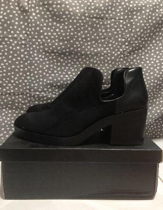 Pull & Bear Black Boots