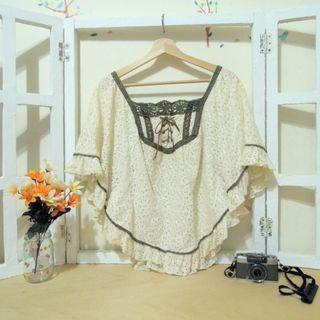 蕾絲日系斗篷波希米亞民族風春秋款米色斗篷披肩外套