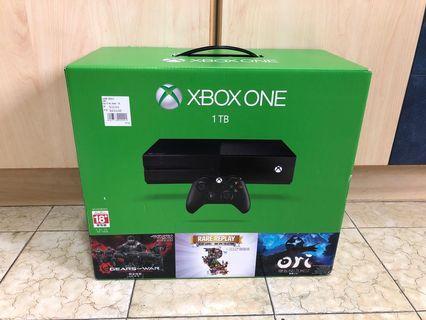 Brand New Xbox One 1TB Gear Of War Bundle