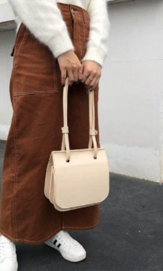 BNWT Cream Ladies Women Hand Bag