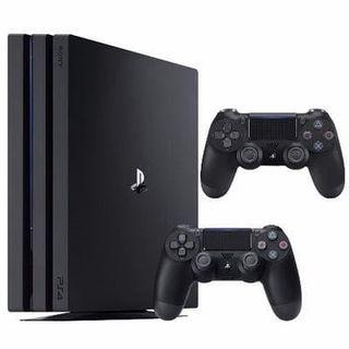 PS4 Pro 1TB + 2 Controllers