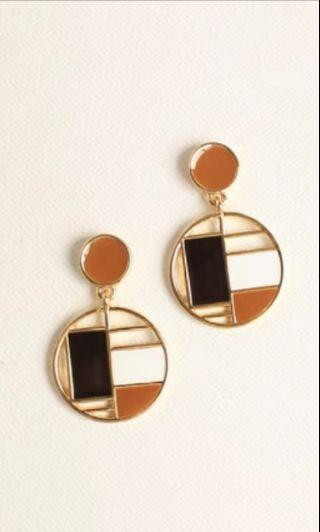 BNWT Clip On Gold Brown Circle Earrings