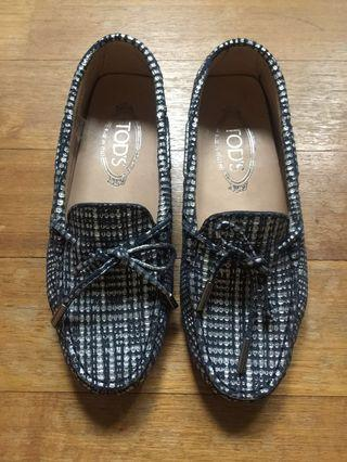 🚚 Tods loafers