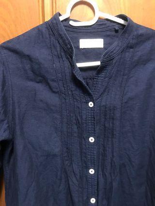 🚚 Lativ 長版棉麻開領襯衫(深藍/M) ⚠️出清中‼️賣場任選兩樣商品買一送一‼️ (價低商品為贈送)