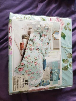 🚚 New Queen size bed sheets with pillow cases for sale