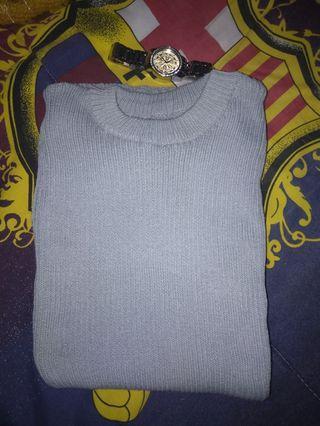 Sweater lengan pendek bahan tebal dan nyaman