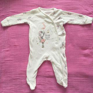 Newborn 'little sister' onesie