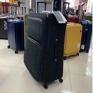阿豪 ELLE 優惠進行中 29寸6輪布質行李箱 只此一個
