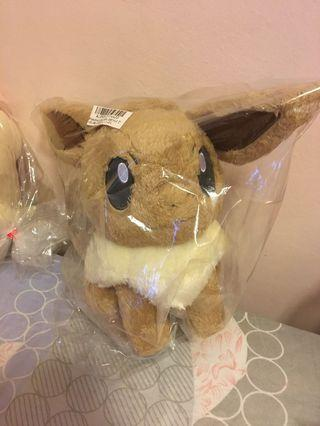Pokémon Life with Eevee Plushy
