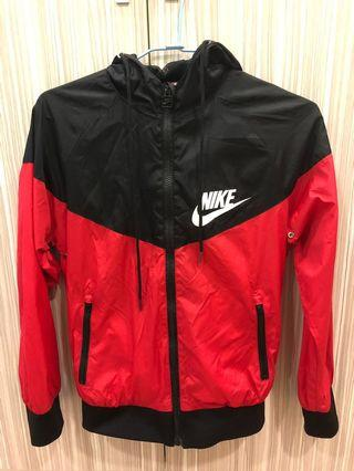 🚚 Nike運動風衣🧥