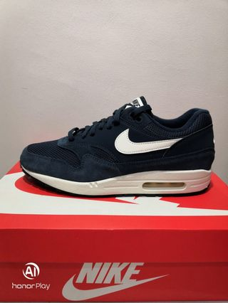 9ecb016993 air max 1 essential | Sports | Carousell Philippines
