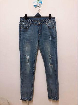 🚚 牛仔彈性窄褲