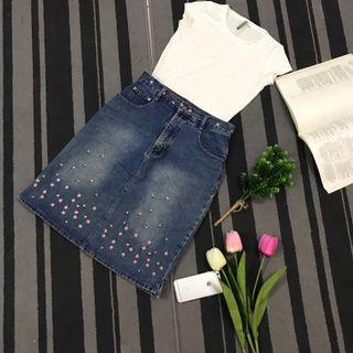 Denim skirt_ flower