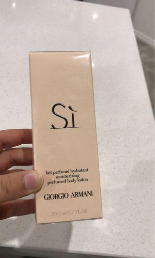 Armani Si body lotion