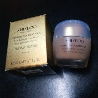 Shiseido Future Solution LX total radiance foundation spf15 資生堂晶鑽光感耀肌粉底霜