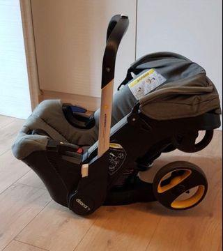 Doona stroller with free accessories