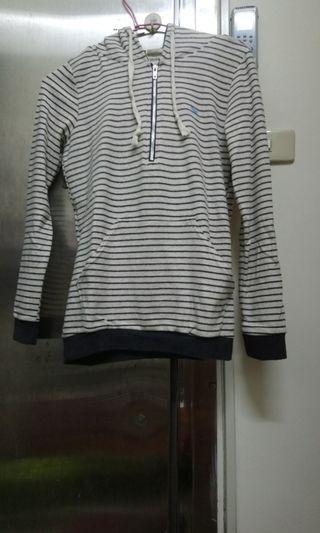 🚚 米色條紋長袖上衣