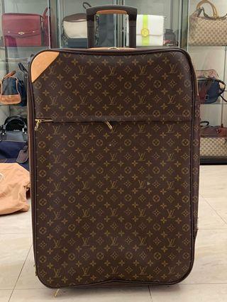 Authentic Louis Vuitton Pegase 65cm