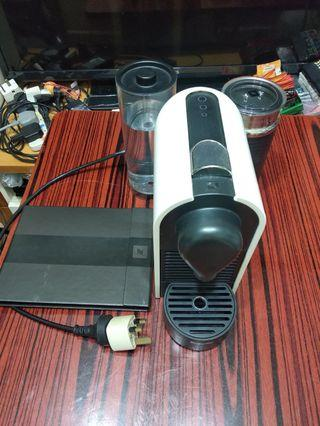 Breville Nespresso U milk膠囊咖啡机連冷熱奶泡机套裝 BEC300MW   Breville Nespresso U milk Capsule Coffee Maker and Milk Foamer Set BEC300MW