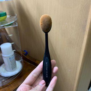 Oval Brush Masami Shouko