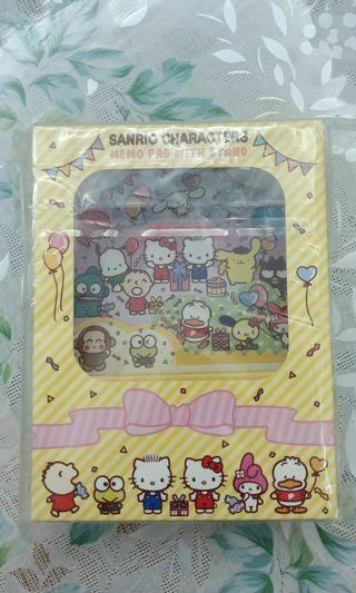 Sanrio memo pad with stand