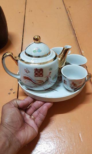 Wedding teapot Phoenix and dragon
