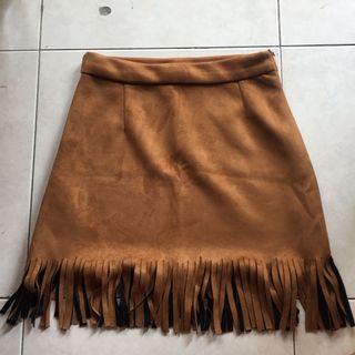 🚚 brown suede fringe skirt