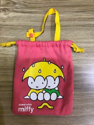 Miffy兔束口袋