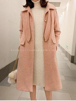 珍珠扣兔耳朵毛呢大衣外套