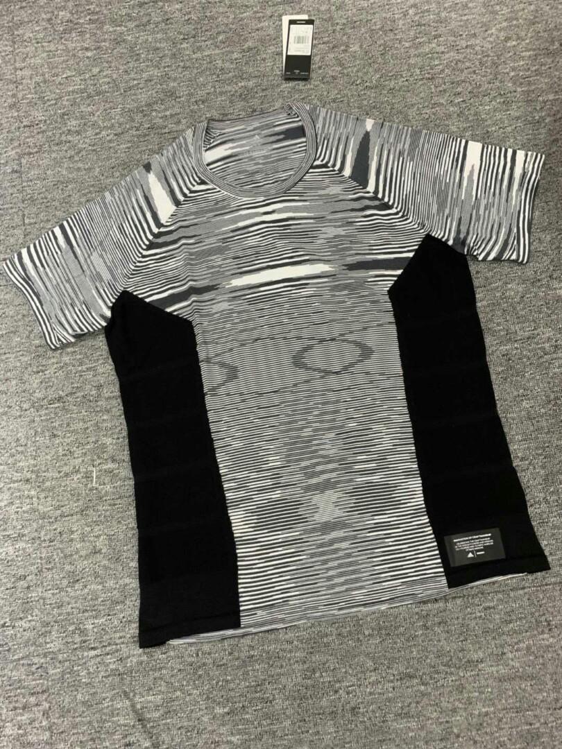 💖 Adidas 💖 女裝👚黑色運動衫 XS S M
