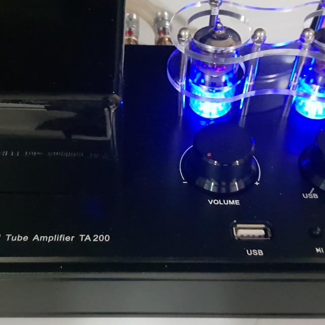 Audio blast hybrid tube amp