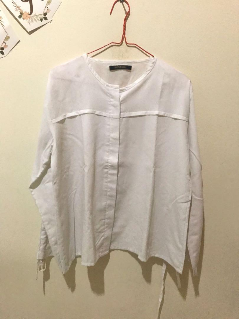 Baju Putih Shopataleen