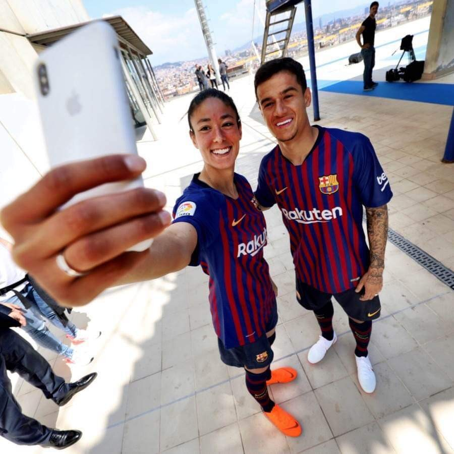 reputable site 8cf53 b4a22 Barcelona Football Club 2018/19' Home Short Sleeve Women's Jersey