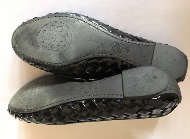 Black patent leather Tory Burch ballet flats size 8