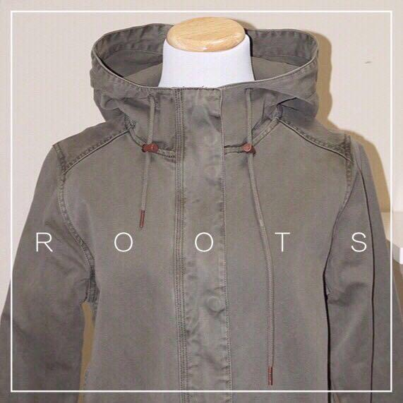 *NWOT✨* ROOTS 100% Cotton Norquay Parka Women Size S