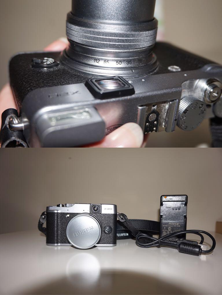 *Perfect Condition* Fujifilm X20 Camera (including USB cable, battery, battery charging dock)