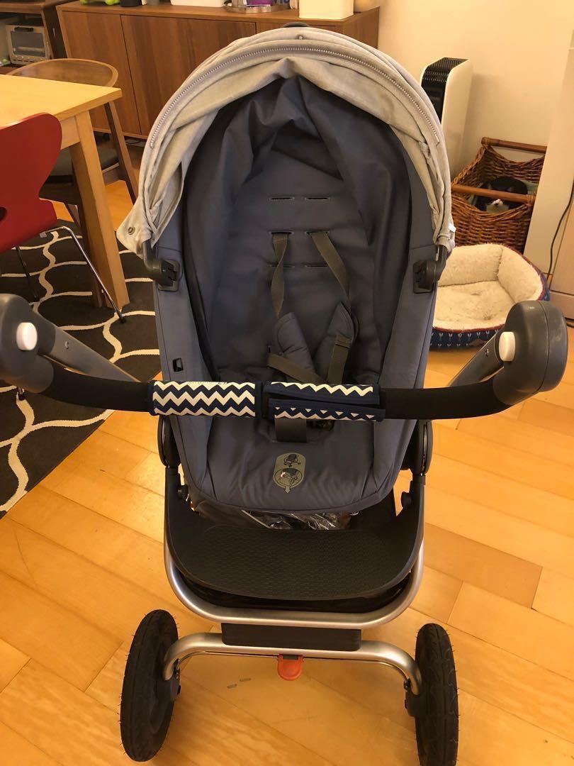Stokke挪威Scoot 輕便嬰兒手推車(藍椅+淺灰篷)