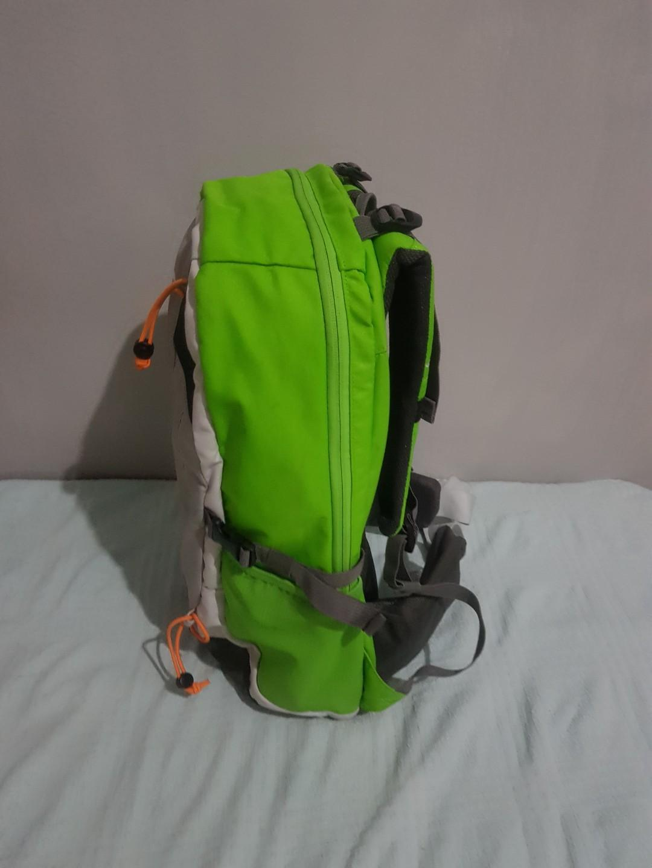 Tas Daypack Quechua Forclaz 22L