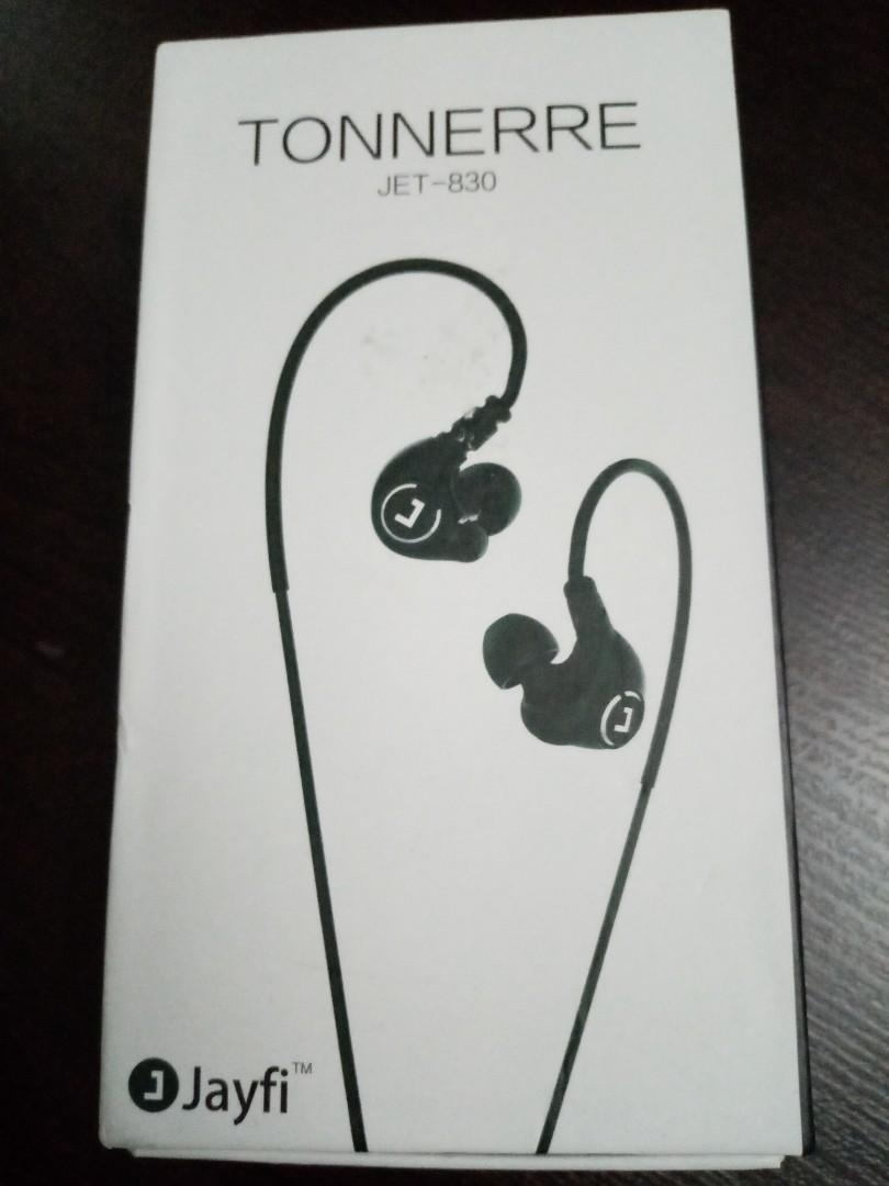 e46b381d9f6 Wireless sport earphone, Electronics, Audio on Carousell