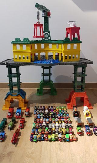 🚚 Thomas and friends Super station Set